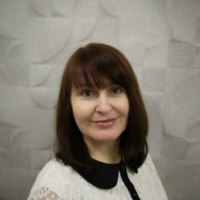 Олена Петрушина